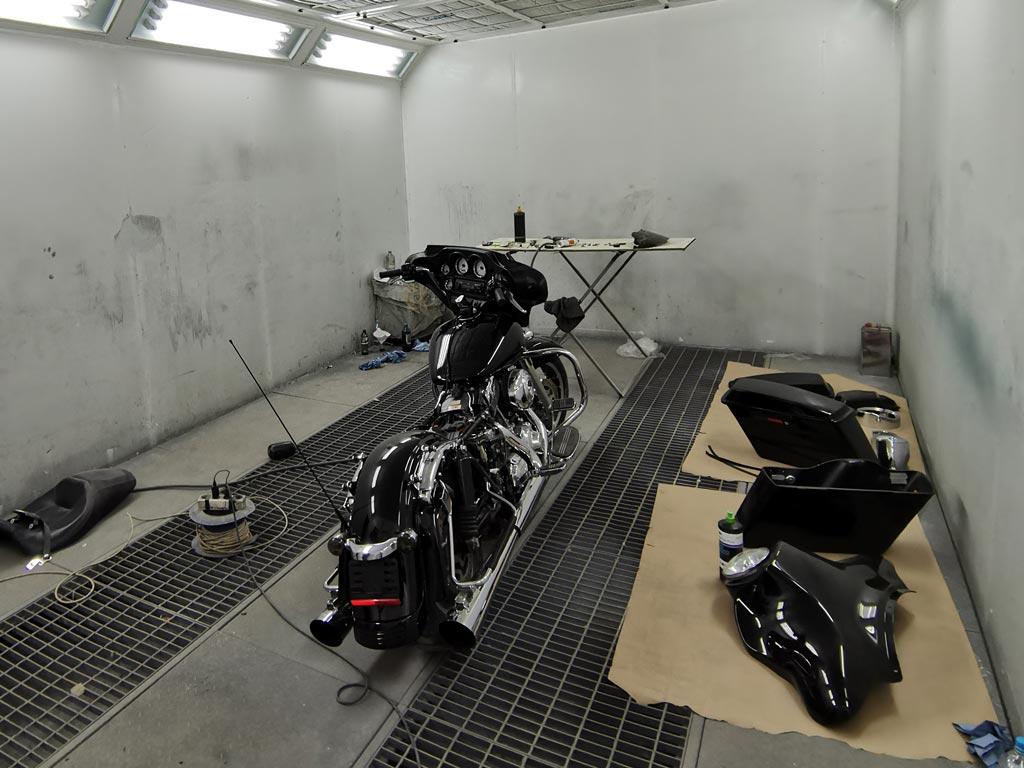 покрасить мотоцикл в камере в минске