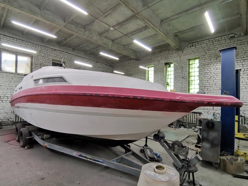покраска лодки (катера) в камере